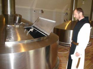 Бельгийские монахи продают пиво через интернет