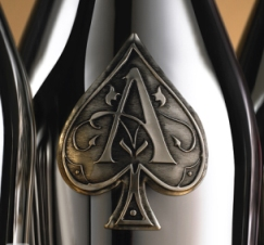 Эксклюзивное шампанское Armand de Brignac