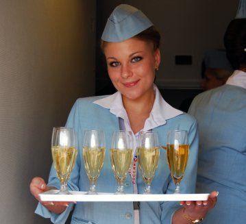 «Аэрофлот» вновь нальет вино пассажирам