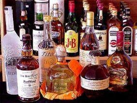 Россияне балуют себя дорогим алкоголем