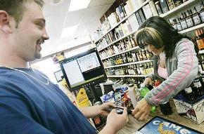 Алкоголь в Казахстане будут продавать лишь в спецмагазинах