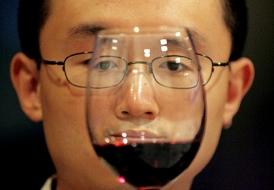 Китай в 2010г. увеличил импорт вина из Молдовы в 5,8 раза