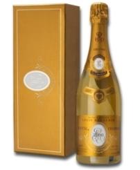 ВАС не нашел разницы между шампанским Cristal и водкой Kristal