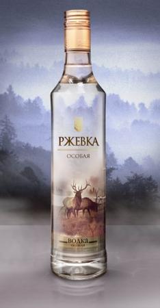"Агентство Clёver провело рестайлинг упаковки водки ""Ржевка"""