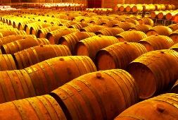 «Фанагория» займется производством винных и коньячных бочек