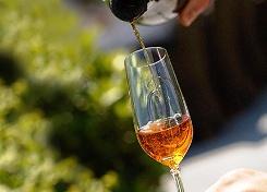 Вино становится крепче