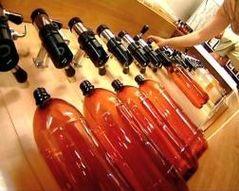 Пиво выгоняют из пластика