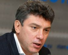 Б. Немцов: Водка должна стать недоступной для малообеспеченных