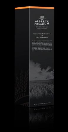 Премиальный канадский виски упаковали в ржаное поле