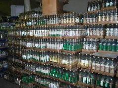 Рекордную партию поддельной водки обнаружили в Иркутске