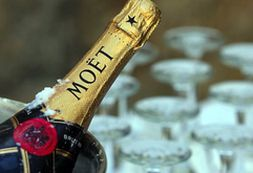 Moet Hennessy начнет производить игристое вино для китайцев