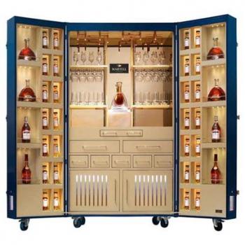 Martell создал мобильный бар для эстетов и гурманов