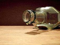 Россиянки отравились алкоголем с Северного Кипра