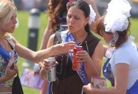 В Москве запретили продажу алкоголя в местах проведения выпускных