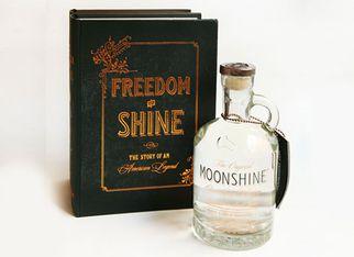 Виски упаковали по правилам времен «сухого закона»