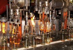 Под Тюменью запущен завод по производству стеклотары