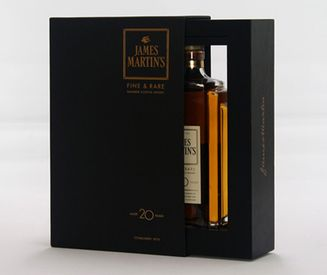 Упаковка ручной работы для виски James Martin's