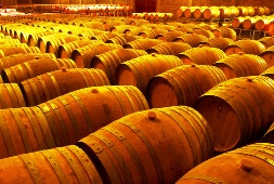 Украина: виноматериалы и коньячный спирт не являются  подакцизной продукцией