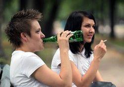 Депутаты могут запретить продажу табака и алкоголя лицам моложе 21 года