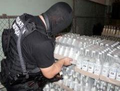 В Подмосковье раскрыто нелегальное производство алкоголя