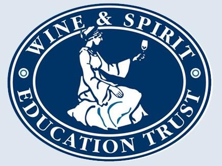 Из московских винолюбов сделают дипломированных профессионалов