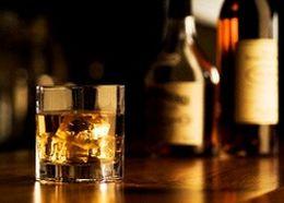 Японская Suntory хочет продавать больше виски в России
