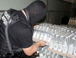 Более 10 тонн спирта изъято с завода в подмосковных Химках