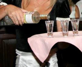 Россиянин выпивает пол-литра водки в месяц, москвич — еще больше