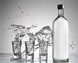 Казахстанский производитель водки возмущен экспансией РФ и Белоруссии