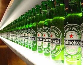 Чистая прибыль Heineken за 2013 год упала на 53%