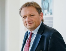 Б. Титов: Россия может остаться без шампанского на Новый год