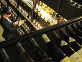 В Петербурге в год открывается по 50 алкогольных магазинов