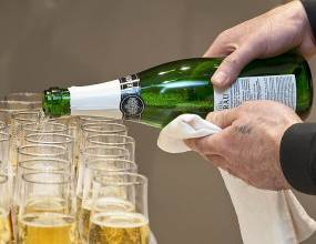 В Екатеринбурге открылся шампань-бар «Абрау-Дюрсо»