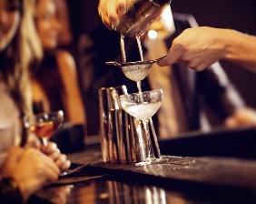 Исчезнет ли алкоголь из баров? Рестораторы о подключении к ЕГАИС