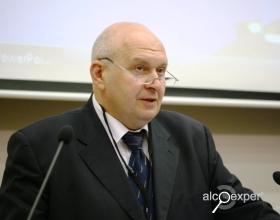 Дробиз: Россиянин не уважает крепкий алкоголь в пластике