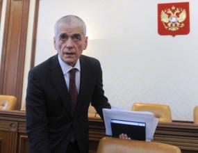 Онищенко призвал сокращать реализацию крепкого алкоголя и запретить энергетики