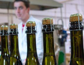 Дешёвое шампанское исчезнет с прилавков 23 июля