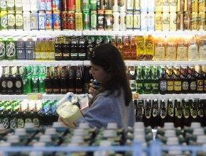 Исследование: Россияне к Новому году покупают пива больше, чем шампанского