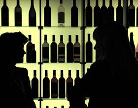 Одно из уголовных дел о массовом отравлении суррогатным виски в Красноярске передано в суд