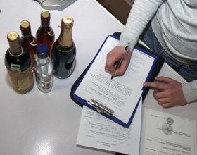 Число незаконно торгующих алкоголем объектов в Москве снизилось на 60% за пять лет