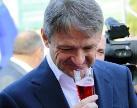 Минсельхоз предложил разрешить рекламу российского вина после 22 часов