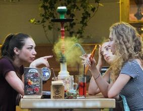 Минздрав предложил запретить кальяны в кафе и ресторанах
