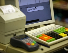 Ритейлеры заявили о риске остановки продаж из-за дефицита накопителей данных для онлайн-касс