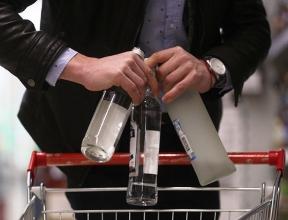 Минздрав выступил против «водочной» политики Минпромторга
