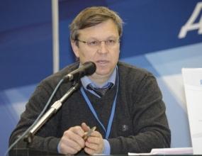 """Руководитель управления по виноградарству, винодельческой промышленности Краснодарского края О.Толмачев: """"В текущем году на поддержку отрасли будет направлено 430 млн рублей"""""""