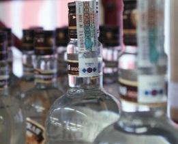 Ставки акцизов на крепкий алкоголь повышать не будут