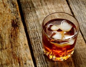 Химики выяснили, почему виски становится вкуснее, если его разбавить водой