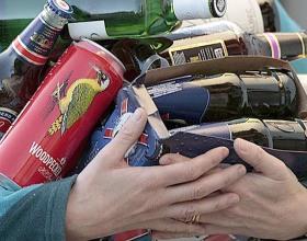 В Зауралье уничтожат более 1 тыс. бутылок нелегальной водки и коньяка из Казахстана