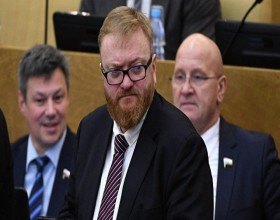 Милонов предложил повысить минимальный возраст продажи алкоголя до 21 года