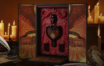 Patrón Tequila и кинорежиссёр Гильермо дель Торо представили уникальную упаковку текилы. ФОТО